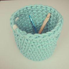 корзинка из трикотажного шнура для вязания