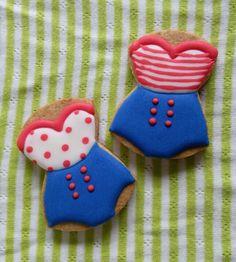 Retro bathing suit cookies『お試しアイシングクッキーレッスン(*´▽`*)』