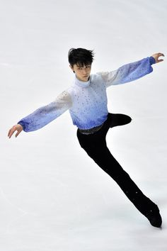 Yuzuru Hanyu Photos: ISU Grand Prix of Figure Skating 2014/2015 NHK Trophy - Day 1