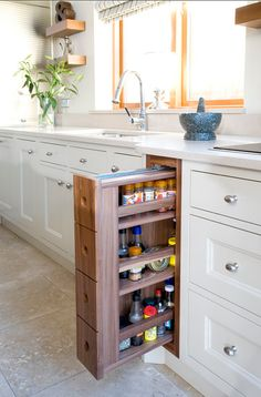 contemporary kitchen interior design How to Whip Your Kitchen into Shape Home Bar Decor, Home Decor Hacks, Kitchen Drawers, Kitchen Shelves, Cupboards, White Cabinets, Kitchen Cabinets, Corner Cabinets, Open Shelves
