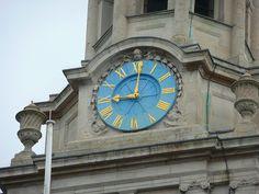 London, England St Martin-in-the-Fields clock  (LW20)
