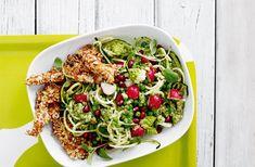 Sund pasta lavet på squash tilsat sprød kylling og grønt er en fristende kombination, du sent vil glemme.
