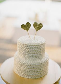 Simple and cute heart cake toppers