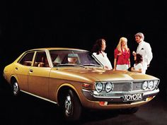 1972 Toyota Mark Ii Brown Car Vintage Color Photo Print Ad on Amazing Cars Photo 9345 Toyota Usa, Toyota Cars, Classic Japanese Cars, Best Classic Cars, Chrysler Airflow, Toyota Corona, Best Muscle Cars, Car Advertising, Car Photos