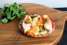 PicNic: Chili Chicken Pita Bread Pizza Chicken Pita, Chicken Chili, Healthy Food Blogs, Good Healthy Recipes, Yummy Recipes, Meals To Make With Chicken, Pita Bread Pizza, Good Food, Yummy Food