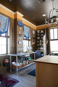 David's Live/Work Kitchen In a Former Firehouse (Complete with Fireman's Pole!) — Kitchen Tour