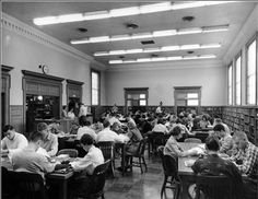 TL v59n4: Austin Peay State University Library History - Tennessee Library Association