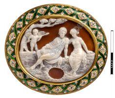 """camée, """"Ptolémée VI Philométor adolescent, avec Eros et Cléopâtre II"""" (camée.45), BnF"""