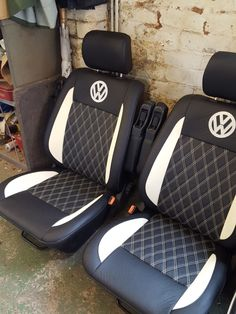 VW Transporter - D Haden Upholstery Car Seat Upholstery, Car Interior Upholstery, Automotive Upholstery, Custom Car Interior, Car Interior Design, Garniture Automobile, Customize My Car, Jetta A4, Vw Conversions