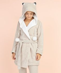 Szlafrok z lisimi uszami - Cozy Pajamas, Pyjamas, Sweat Shirt, Pijamas Women, Mode Kawaii, Cute Sleepwear, Cool Jackets, Kawaii Clothes, Nightwear