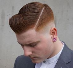 There are many fashionable ways to wear a comb over fade haircut. Because a comb over is a versatile, trendy hairstyle, it is perfect for all hair types. Trendy Haircuts, Haircuts For Men, Haircut Men, Male Curly Hair, Comb Over Fade Haircut, Medium Hair Styles, Curly Hair Styles, Boy Hairstyles, Hairstyle Short