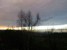 Widok za oknem,  spokojny wieczór