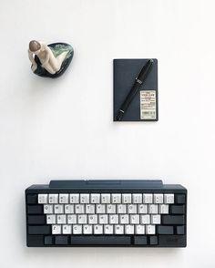 End game achieved?  #hhkb #happyhacking #topre #mechanical #endgame #keyboard #muji #無印良品 #alfreddunhill #dunhill #littlemermaid #royalcopenhagen #porcelain #figurine #blackandwhite #desktop #workspace #flatlay #fromabove #mindtheminimal #minimallove