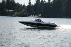 Hydrostream Ventura X-22 High Performance Skiboat. Fast Boats