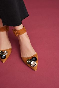 Slide View: 1: Bill Blass Sylvie Embellished Flats