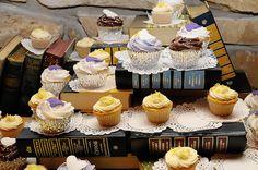"Books as cupcake stand - ""by Mysi(new stream: www.flickr.com/photos/mysianne), via Flickr"""