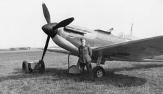 Flight Lieutenant Ted Graham of 72 Squadron, pictured at Acklington during the Battle of Britain. Noteworthy are the anti-glare night-flying shields fitted fore of the windscreen – designed to prevent the pilot being dazzled by glowing exhaust ports.