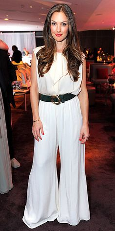 I love this look on Minka Kelly.  She's enviably gorgeous to begin with, which doesn't hurt.