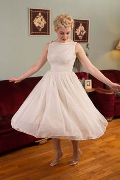 Vintage 1950s Wedding Dress - White Nylon Chiffon Cupcake 50s Party Dress with Full Sweeping Skirt