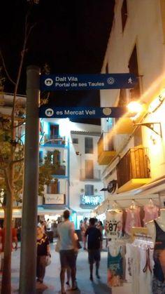 Streets of Dalt Vila: es mercat vell