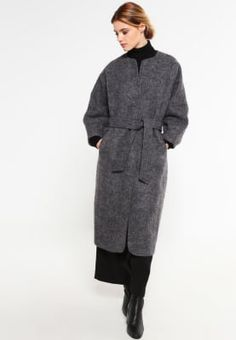 Vero Moda VMFROSTY - Classic coat - medium grey melange for £84.99 (24/09/16) with free delivery at Zalando