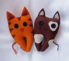 Kitty Cat Tooth Fairy Pillow. via Etsy.