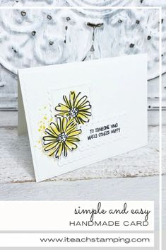 This awesome handmade card is so easy to make! Click through for more! Color Contour, Make Happy, Free Paper, Greeting Cards Handmade, Pretty Flowers, Stamping, Card Making, Paper Crafts, Place Card Holders