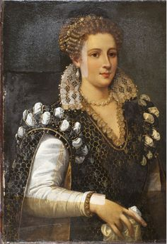 Isabella de' Medici portrait during treatment, note the difference in the hand dimensions