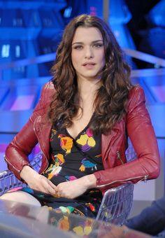 Rachel Weisz, Red Leather, Leather Jacket, Roses, Jackets, Moon, Google, Image, Style