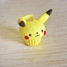 Pikachu cupcake! 😍 I'm in love! I wanna turn all my fave pokemons in cupcakes now 🙌🏻💖
