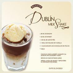 Milkshake + Baileys...es de gordos pero lo necesito para ser feliz :)
