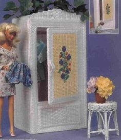 labores de esther. todo para barbie: armarios. Tons of free plastic canvas furniture patterns some clothes. Site is in Spanish, but patterns are in English.