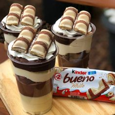 Raspberry Tiramisu, Strawberry Cheesecake, Summer Desserts, Fun Desserts, Dessert Recipes, White Chocolate, Chocolate Cake, Candy Quotes, Nutella
