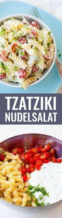Tzatziki Nudelsalat ZUTATEN 500 g Pasta ½ Gurke 3 Knoblauchzehen 250 g Sahnequark 20 % 100 g Creme Fraiche 250 g kleine Tomaten Salz und Pfeffer Olivenöl