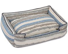 This Tidal Wave Lounge Dog Bed by Jax & Bones is guaranteed to provide snooze-worthy comfort for your dog while being a stylish addition to your home decor. Luxury Pet Beds, Designer Dog Beds, Large Beds, Coastal Style, Waves, Sofa, Lounge, High Tide, Touch