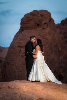 Valley of Fire Weddings | Las Vegas Luv Bug Weddings