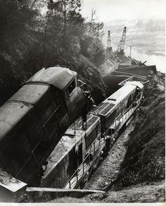 Oroville Dam train tunnel disaster 1965....bike trail through tunnel for school field trip