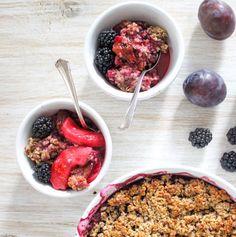 Zwetschgen-Apfel-und-Brombeeren-Crumble - vegan, ohne Milchprodukte, ohne raffinierten Zucker, glutenfrei, clean eating, gesund