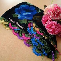 Çok Şık 3 Boyutlu Yelek Hırka Kazak Battaniye Kırlent Örgü Modeli Blog, Board, Fashion, Moda, Fashion Styles, Blogging, Fashion Illustrations, Planks