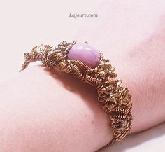 Bracelet: cooper wire and gem