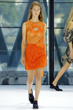 Preen by Thornton Bregazzi Spring 2016 Ready-to-Wear Fashion Show - Julia Jamin