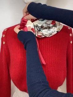 Ways To Tie Scarves, Short Scarves, Ways To Wear A Scarf, How To Wear Scarves, Neck Scarves, Scarf Wearing Styles, Head Scarf Styles, Scarf Knots, Diy Scarf