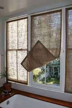 Kitchen Window Coverings Diy Home 38 Ideas Kitchen Window Coverings, Farmhouse Window Treatments, Sunroom Window Treatments, Kitchen Window Curtains, Cheap Window Treatments, Bedroom Window Coverings, Picture Window Treatments, Kitchen Blinds, Farmhouse Windows