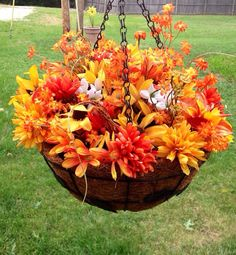 Fall Hanging Basket On Etsy 40 00 Baskets Holiday Hy