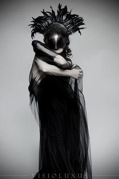 High Priestess Model: Olivia Odd H/MU: Gina Campbell Helmet: Ugo Serrano #raven queen