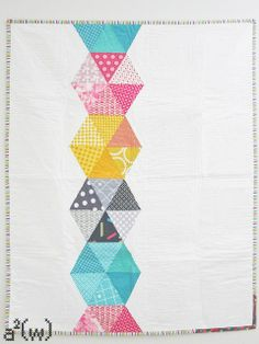 Hexstatic Quilt by a²(w) - asquaredw - Ali, via Flickr.