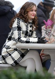 Leighton Meester.... Totally obsessed with her coat