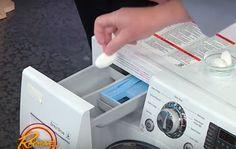Umieszczamy tabletkę w kieszonce do której zwykle wsypujemy proszek i... Diy Cleaners, Washing Machine, Life Hacks, Home Appliances, Cleaning, Youtube, Tips, Bathroom, House