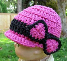 Breezybot: FREE PATTERN! Breezybot Baby Beanie.... Link to MORE FREE BABY HATS http://www.crochetpatterncentral.com/directory/baby_hats.php