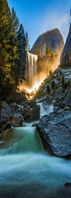 Vernon Falls, Yosemite National Park, California, USA // Let's not let the corporations take them over. Oh The Places You'll Go, Places To Travel, Places To Visit, Beautiful Waterfalls, Beautiful Landscapes, Yellowstone Nationalpark, Les Cascades, Photos Voyages, Parcs